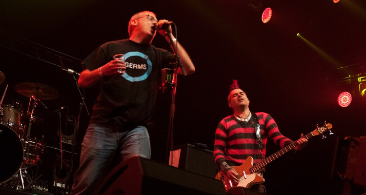 NOFX with Milo from Descendents at Groezrock 2014